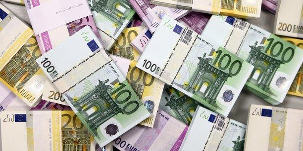 Les grands contribuables quittent moins la france, selon le figaro[reuters.com]
