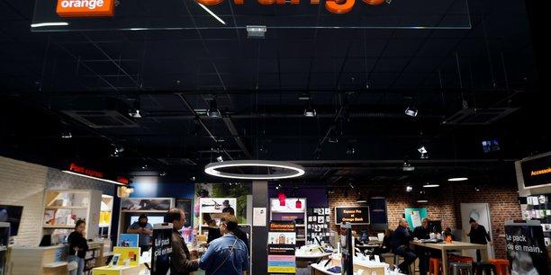Orange prepare la scission de ses tours mobiles, selon le financial times[reuters.com]