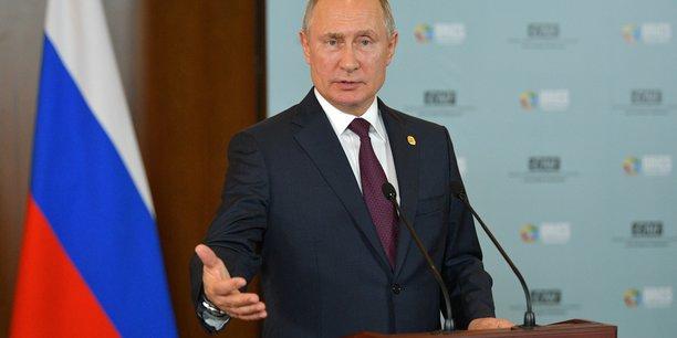 Ukraine: moscou confirme la venue de poutine a paris le 9/12[reuters.com]