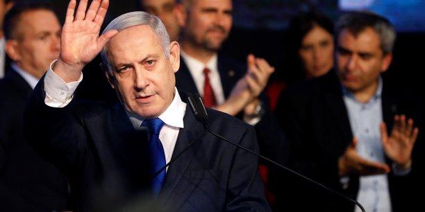 Netanyahu inculpe pour corruption, fraude et abus de confiance[reuters.com]