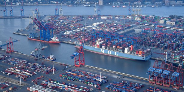 Le port de Hambourg, le 14 novembre 2019.