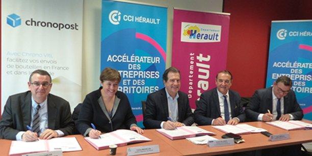 Cinq signataires pour une convention visant à développer les ventes de vins hors département.