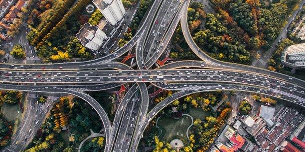 Photo d'illustration. De Londres à Abidjan, en passant par New York et Chengdu, chaque ville a mis en place un système différent pour tenter de limiter l'usage de la voiture.