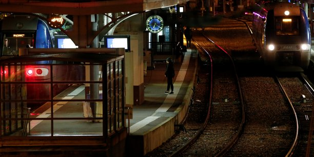 Un train sur dix circulera jeudi sur les lignes sncf[reuters.com]