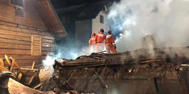Explosion de gaz dans une station de ski en pologne, huit morts[reuters.com]