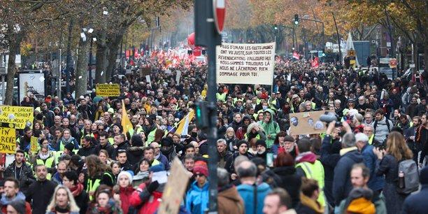 Ils étaient, au minimum, plus de 30 000 à Toulouse à manifester contre la réforme des retraites, jeudi 5 décembre.