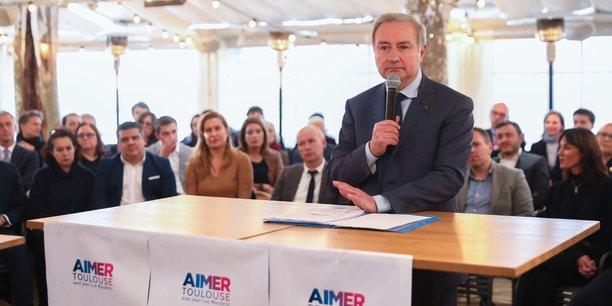 Pour les élections municipales à Toulouse, Jean-Luc Moudenc promet la stabilité fiscale aux entreprises.