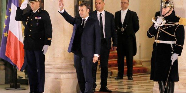 Macron reclame la liberation immediate des chercheurs francais detenus en iran[reuters.com]