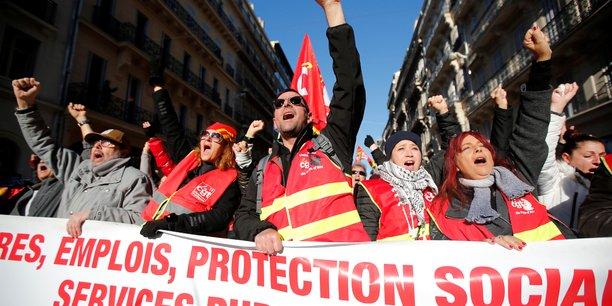 Retraites: l'intersyndicale appelle a la mobilisation les 12 et 17 decembre[reuters.com]