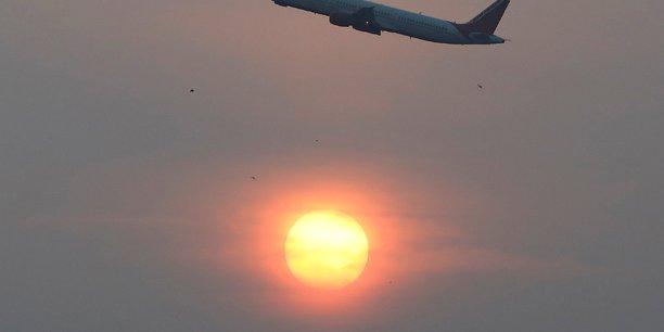 L'iata revoit a la baisse sa prevision de benefices des compagnies aeriennes[reuters.com]