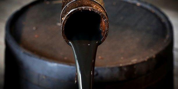 L'aie s'attend a une forte augmentation des stocks de petrole[reuters.com]