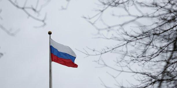 La russie expulse deux diplomates allemands, injustifie pour berlin[reuters.com]