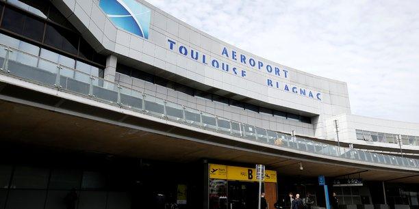 Feu vert a eiffage pour le rachat de l'aeroport de toulouse[reuters.com]