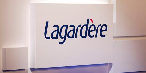 Lagardere a recu une offre de hig capital pour 75% de lagardere sports[reuters.com]