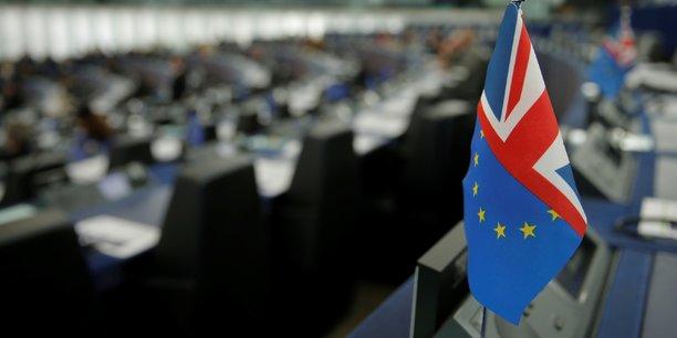 La legislation encadrant le brexit presentee vendredi aux communes[reuters.com]