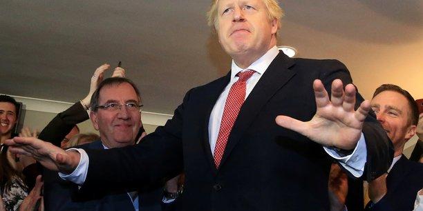 Un partenaire de choix ! - Page 3 Deux-priorites-au-programme-de-boris-johnson-brexit-et-nhs