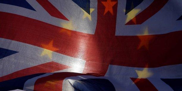 Après trois ans et demi de déchirements, le Brexit voté par 52% des Britanniques en 2016 est désormais réalité.