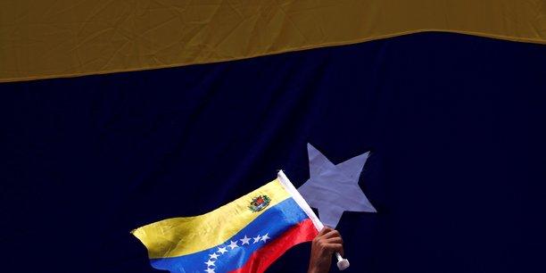 """Le Venezuela annonce un """"plan spécial"""" pour faire face à la pénurie de carburants"""