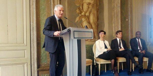Patrick Bobet, le président de Bordeaux Métropole, Stéphanie Rivoal, secrétaire générale du sommet, Nicolas Florian, maire de Bordeaux, et Pierre de Gaétan Njikam, 3e adjoint au maire de Bordeaux chargé des partenariats avec l'Afrique.