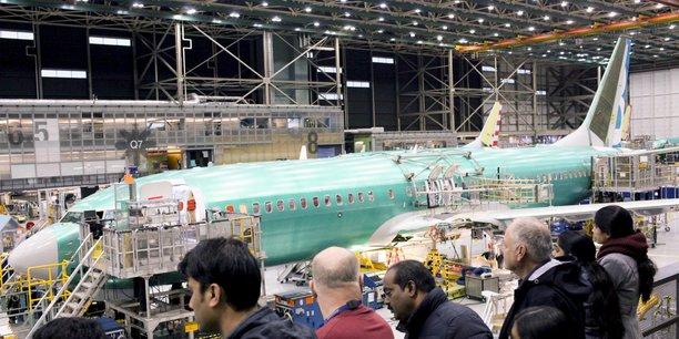 La chaîne d'assemblage du 737 MAX à l'usine Boeing de Renton, Washington, présentée à la presse le 7 décembre 2015.