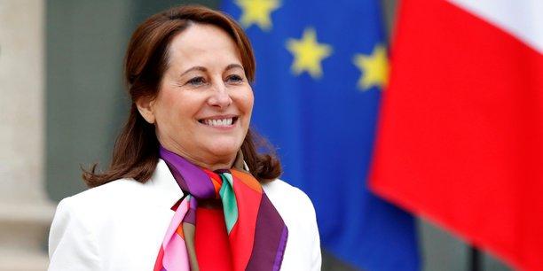Segolene royal se dit suspendue de ses fonctions d'ambassadrice[reuters.com]