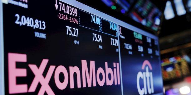 En cinq ans, l'action d'ExxonMobil, premier pétrolier mondial,a chuté de plus de 20%.