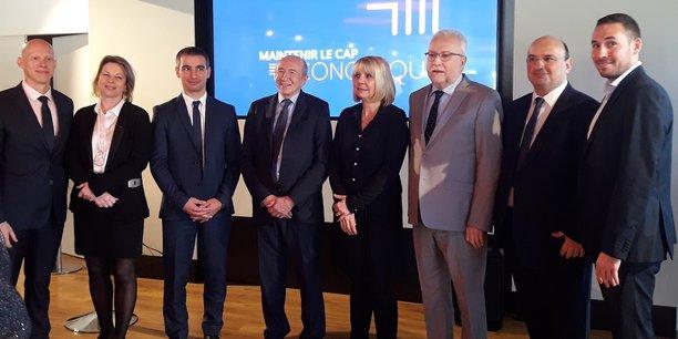 Yann Cucherat (à gauche de Gérard Collomb) le poulain du maire de Lyon soutenu par LREM a présenté ses têtes de listes par arrondissement.