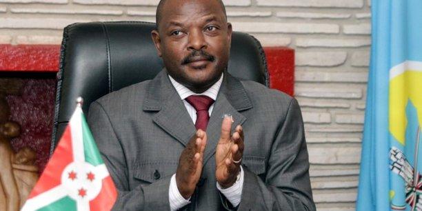 Le president du burundi, futur guide supreme du patriotisme?[reuters.com]