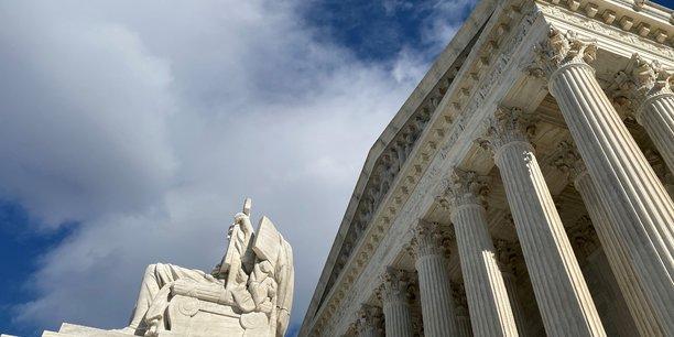La cour supreme approuve un durcissement de la politique migratoire[reuters.com]
