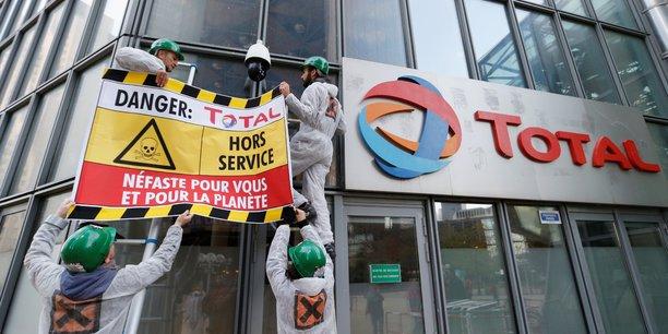 Contrairement à certains de ses rivaux, le groupe français ne s'est pas engagé à atteindre la neutralité carbone d'ici à 2050.