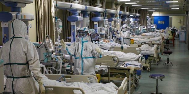 Au moins 233.300 cas sont aujourd'hui considérés comme guéris.