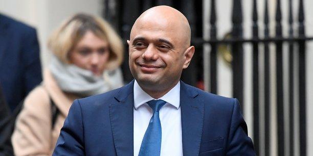 Sajid Javid, le Chancelier de l'Échiquier (ministre des Finances) nommé par Boris Johnson, le 17 décembre 2019, sortant du 10 Downing Street, à Londres.