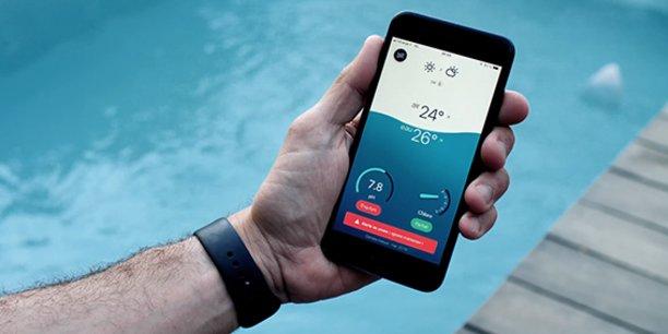 Flipr a créé un système intelligent d'analyse et d'entretien pour piscine