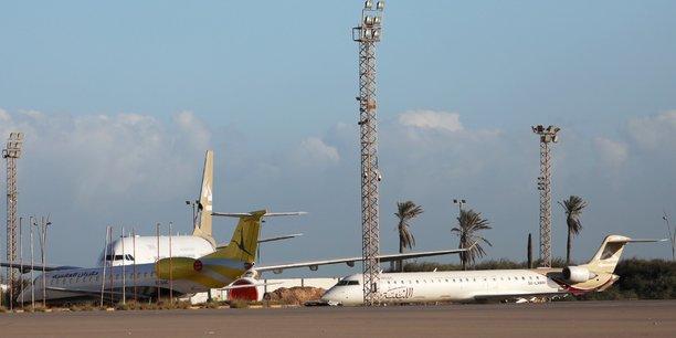 Libye: l'aeroport de tripoli ferme apres des tirs de missiles[reuters.com]