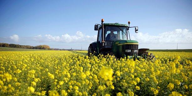 22,1% d'agriculteurs vivaient sous le seuil de pauvreté en 2016, ce qui en fait la profession la plus exposée, selon l'Insee.