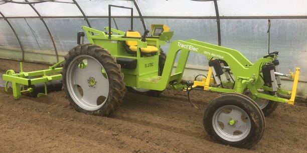 Tract'Elec est un tracteur porte-outils, 100% électrique, qui ne rejette pas d'émission polluante.