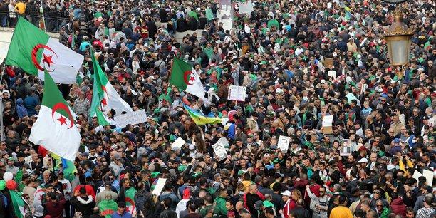 Algerie: les partisans du changement fetent le 1er anniversaire de leur mobilisation[reuters.com]