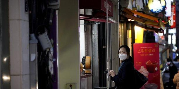 Coronavirus:le nombre de cas de contamination ralentit en chine[reuters.com]