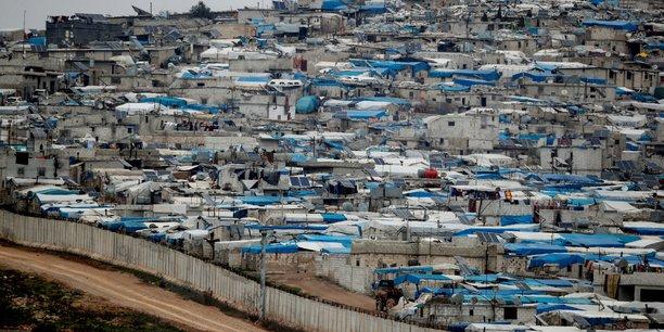 Syrie: les rebelles soutenus par ankara reprennent une ville proche d'idlib[reuters.com]