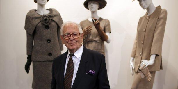 A 97 ans, pierre cardin reste couturier du futur[reuters.com]