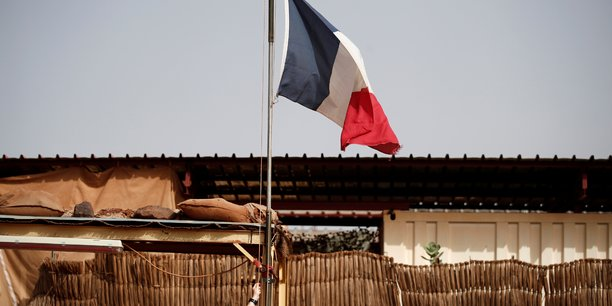 L'ambassadeur du mali en france rappele a bamako apres des propos critiques[reuters.com]
