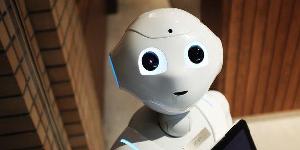 Bruxelles recommande que les futurs systèmes d'intelligence artificielle à haut risque soient certifiés, testés et contrôlés, comme le sont les voitures, les cosmétiques et les jouets.