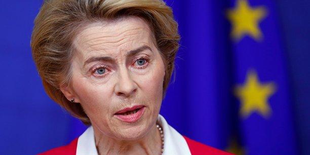 Le risque sanitaire lié à l'épidémie de coronavirus dans l'Union européenne est passé de modéré à élevé, a déclaré lundi la présidente de la Commission européenne Ursula von der Leyen,