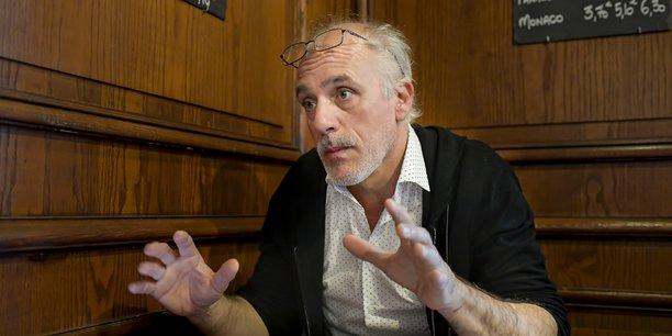 Philippe Poutou mène la liste Bordeaux en luttes qui réunit le NPA, la France insoumise et des Gilets jaunes.