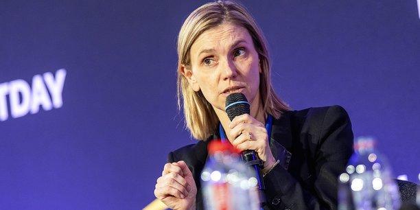 Agnès Pannier-Runacher, secrétaire d'Etat à l'Industrie et aux PME, suit l'impact de la crise du coronavirus sur l'industrie automobile française.