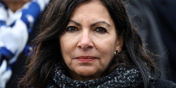 La bonne nouvelle pour le PS est venue de Paris où la sortante Anne Hidalgo était créditée d'une solide avance (autour de 30%), bien au-delà de ce que lui prédisaient les sondages, sur la candidate LR Rachida Dati (22%) et l'ancienne ministre de la Santé LREM Agnès Buzyn (17%).