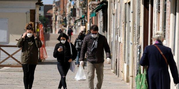 L'ete ne devrait pas faire disparaitre le coronavirus, estime une agence medicale de l'ue[reuters.com]