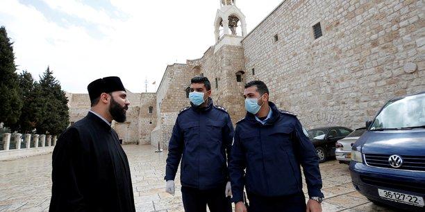 Premier deces lie au coronavirus dans les territoires palestiniens[reuters.com]