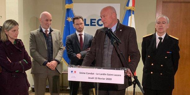 Alain Rousset, président de Région, en visite à l'usine de Condat le 13 février aux côtés d'Agnès Pannier-Runacher, secrétaire d'Etat auprès du ministre de l'Economie et des Finances (à gauche).