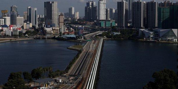 Forte contraction du pib de singapour au 1er trimestre, signe d'une recession mondiale attendue[reuters.com]